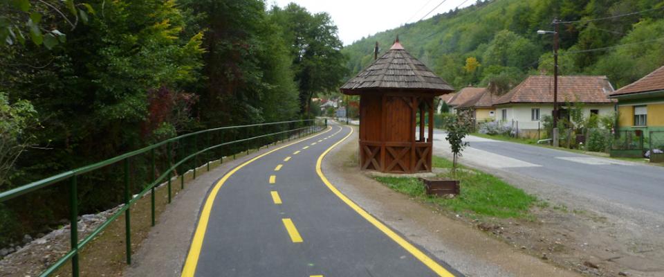 Újabb kerékpárutak épülnek Pest megyében