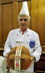 Monoron sütik a Szent István napi kenyeret